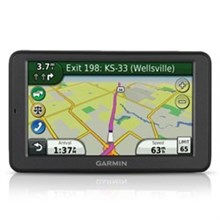 Garmin GPS with Lifetime Traffic  dezl 560LMT