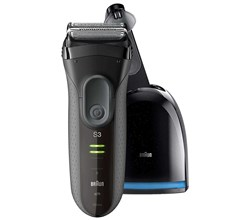 Shaver With Cleaning System braun 3050cc