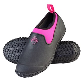 womens muckster ii low black pink