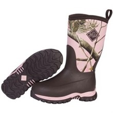 Pink Muck Boots youths rugged ii pink realtree
