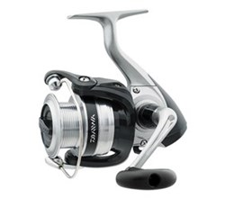 Strikeforce B Spinning Reels daiwa sf2000 b cp