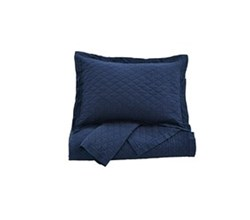 Beautyrest Quilt Sets in Queen Size ashley furniture alecio navy quilt set