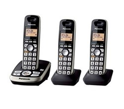 Panasonic 3 Handsets Cordless Phones panasonic kx tg4223b