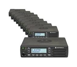 10  Radios motorola cm300d hk2100