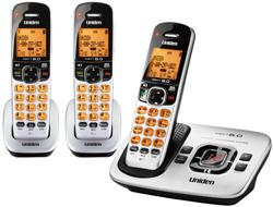 Uniden Three Handsets DECT 6 Cordless Phones uniden d 1780 3