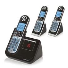 Motorola Three Handsets motorola p1003
