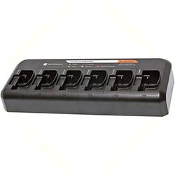"<ul> <li><span class=""blackbold"">6 Unit Charger</span></li> <li>Charges Dissimilar Models Simultaneously</li> <li>Interchangeable Charging Sockets</li> <li><span class=""bluebold"">Uses Less Electricity</span></li> <li>For Motorola CP series 2-Way Radio Batteries</li> </ul>"