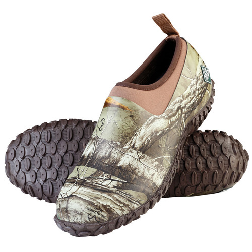 mens muckster ii low realtree xtra