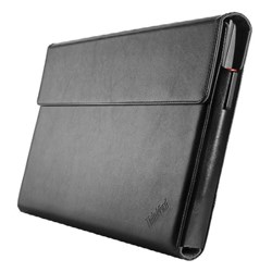 "<ul> <li><span class=""blackbold"">Laptop Sleeve</span></li> <li>Sleek Design</li> <li>Soft Touch Interior</li> <li>Easy to Open Magnetic Flap</li> <li>Thin, Light &amp; Tough</li> </ul>"